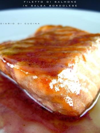 filetto di salmone in salsa bordolese.jpg