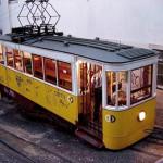 Tram n° 28